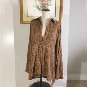 Knot Sisters Spotted Blouse 🐆